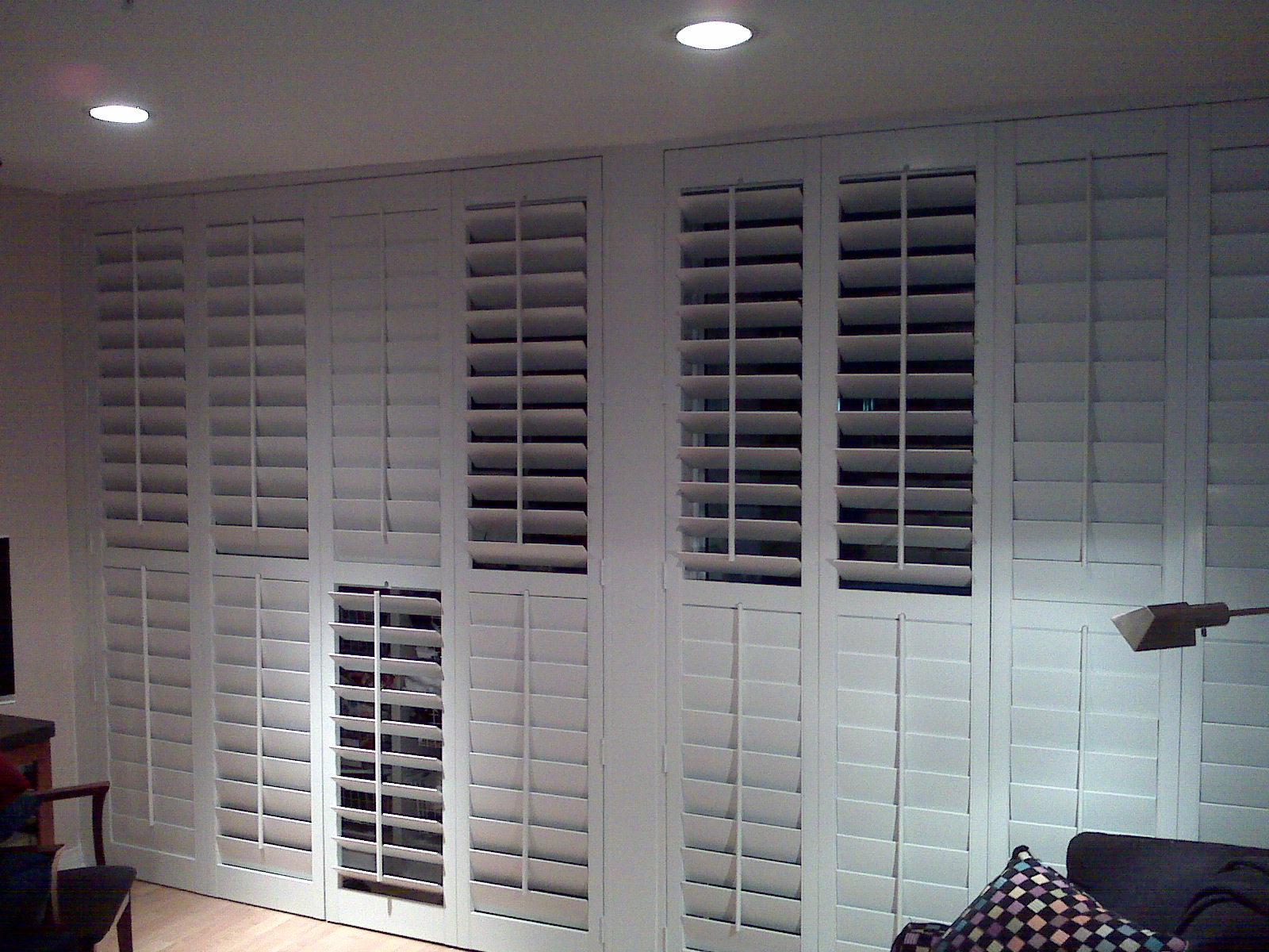 Wall To Wall Shutters Midrail