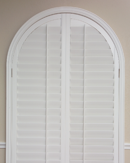 Horizontal Louver Cathedral Arch Plantation Shutters Blinds Window