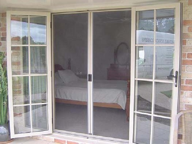 retractable-screen-door