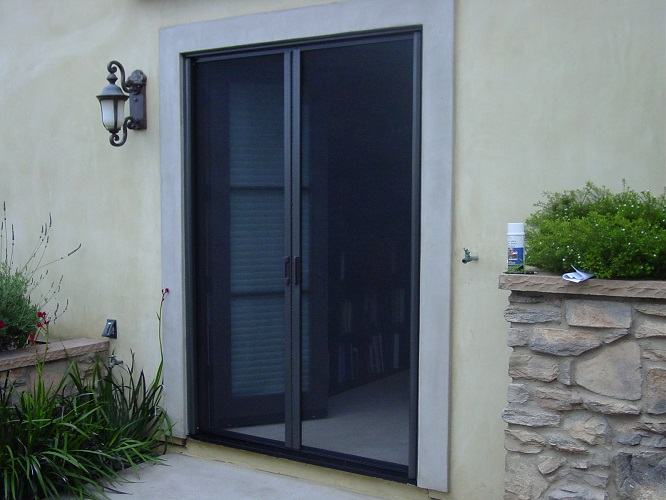 retractable-screen-door
