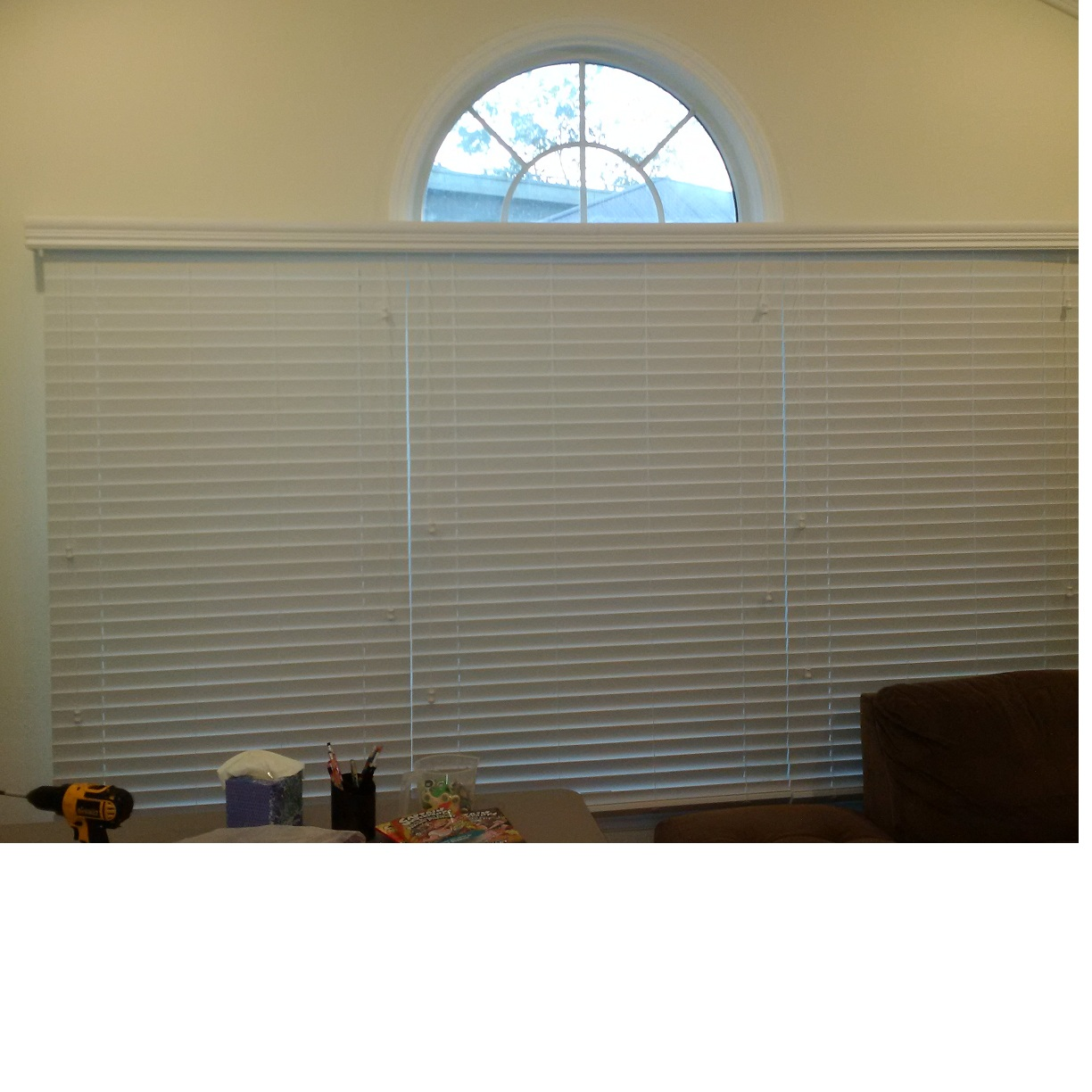 Faux Wood Horizontal Blind Under Half Circle